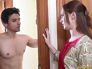 Horny Indian Bhabhi anal sex with young tenant
