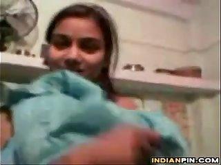 Indian Teen Girl Teasing Her Naked Body