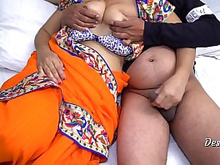 Real Hot Indian Maid Sexual relations With Boss