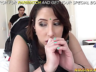 Rich Indian MILF sold her asshole to pay rent